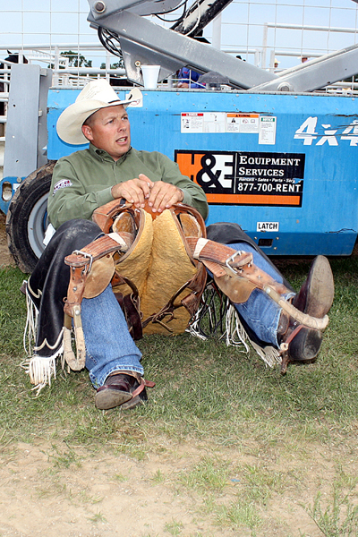 Four-time Wrangler National Finals Rodeo qualifier Bobby Griswold prepares to compete Friday night during the opening performance of the Will Rogers Stampede in Claremore, Okla. (TED HARBIN PHOTO)