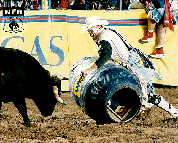 Jerry Norton, the 1998 world champion freestyle bullfighter from Mitchell, S.D., will fight for the last time during the 2012 Dodge City (Kan.) Roundup Rodeo, where he has worked for 20 years. (PRCA PRORODEO PHOTO BY DAN HUBBELL)