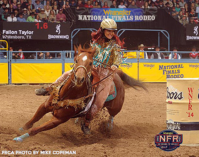 Fallon Taylor ran Babyflo to the 2015 world championship. (PRCA PHOTO BY MIKE COPEMAN)