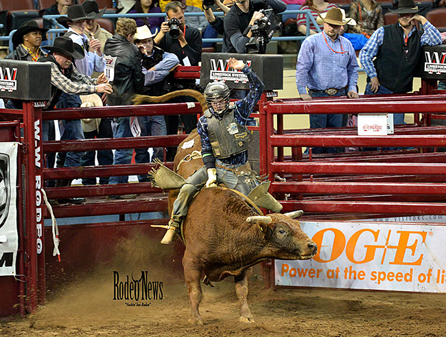 Garrett Tribble, who clinched the world title before the IFR began, continued his hot streak by winning the second round Saturday afternoon. (PHOTO BY LACEY STEVENS, RODEO NEWS)