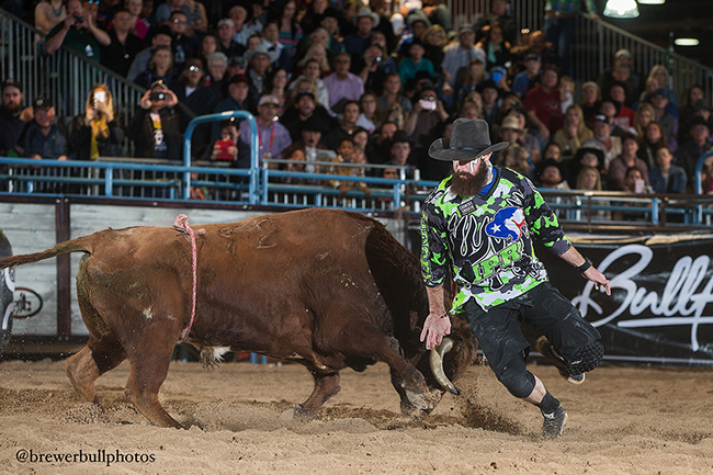 Weston Rutkowski matches moves with 12X and Costa's Spitfire for 93.5 points to win the Bullfighters Only Roughy Cup Thursday afternoon at the Las Vegas Convention Center. He moved into the lead in the BFO standings. (TODD BREWER PHOTO)