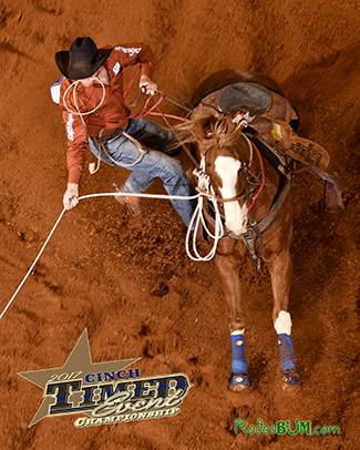 Paul David Tierney ropes his calf en route to a 53.0-second third go-round. He pocketed $3,000 for winning the round and moved into third in the aggregate at the CINCH Timed Event Championship. (JAMES PHIFER PHOTO)