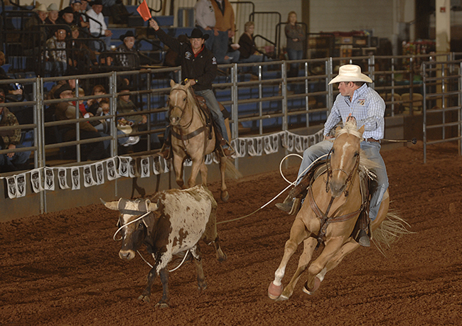Chet Herren, an 11-time qualifier to the Clem McSpadden National Finals Steer Roping, leads the Prairie Circuit's steer roping standings heading into the Chisholm Trail Ram Prairie Circuit Finals Rodeo in mid-October. (ROBBY FREEMAN PHOTO)