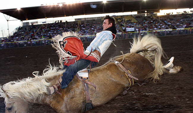 Reigning world champion Tim O'Connell rides into Las Vegas as the No. 1 bareback rider, and he's got a good start to defending his gold buckle at this year's Wrangler National Finals Rodeo.