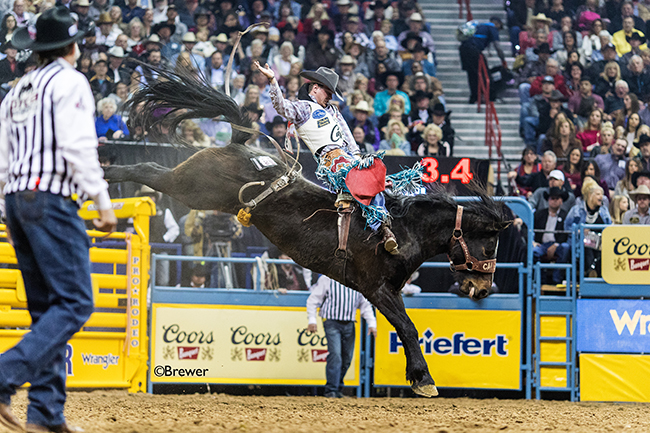 Tim O'Connell rides Calgary Stampede's Y Not Cyrstal for 87 points Friday night to finish in a tie for third place in the second go-round. (TODD BREWER PHOTO)