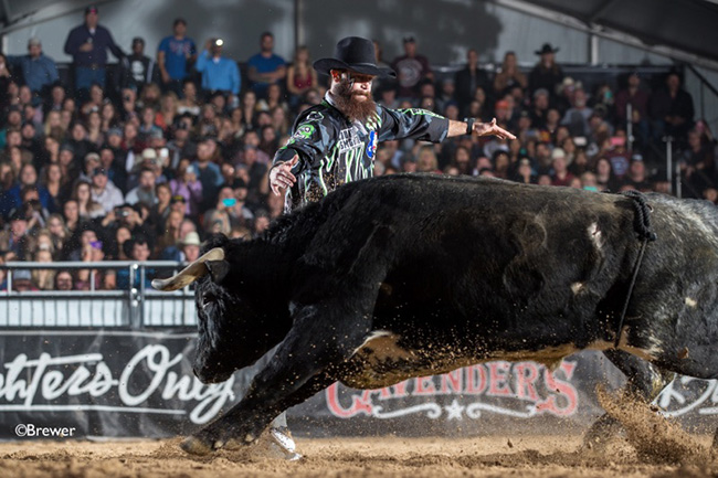 Weston Rutkowski manhandles WAR Fighting Bulls' Man of War for 90.5 points to win the Bullfighters Only Las Vegas Championship and add to his total. He earned more than $100,000 in 2017, becoming the first freestyle bullfighter in the game to ever earn that much money in a season. (TODD BREWER PHOTO)
